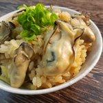 牡蠣の旨味をたっぷりと吸ったお米がたまらない・・・!「炊き込み牡蠣めし」のレシピ!