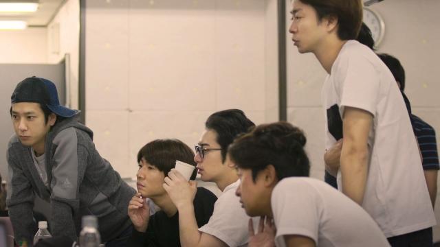 【場面写真公開】『ARASHI's Diary』第2話、28日に配信決定嵐が約1年間にわたって出演するNetflixのドキュメンタリー。第2話「5x20」が28日に配信される。