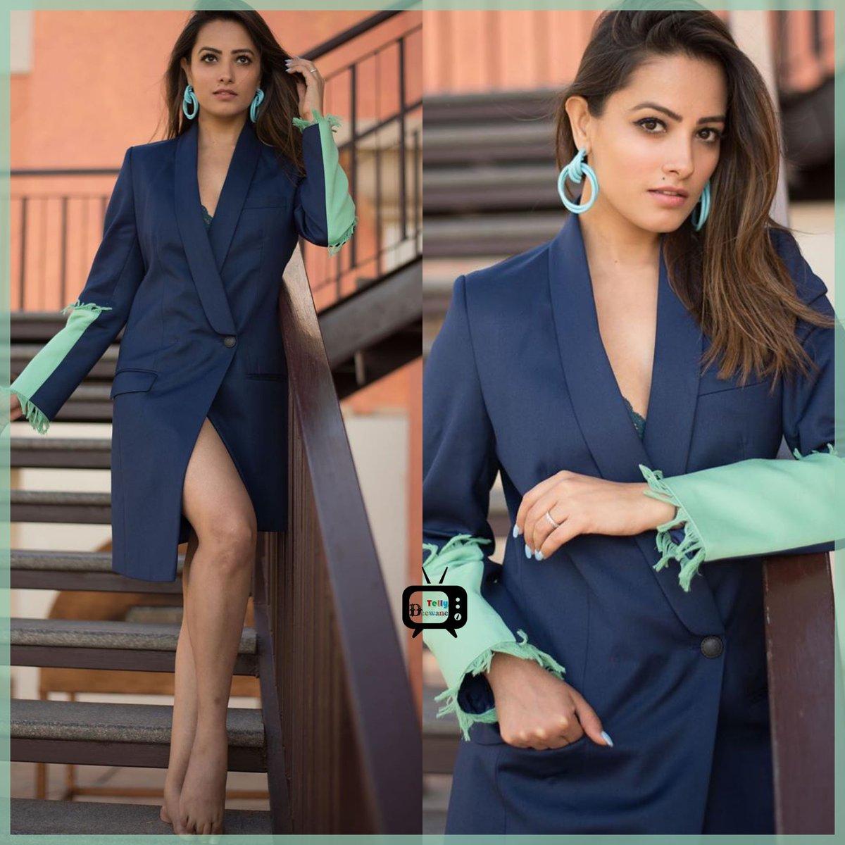 Gorgeous Anita Hassanandani #AnitaHassanandani #Naagin4  #ronita #nachbaliye9  #AnitaHassanandaniReddy #Vishaka #Vish  #Naagin3 #Shagun #YHM  @TellyDeewanepic.twitter.com/E4PrAqmxkR