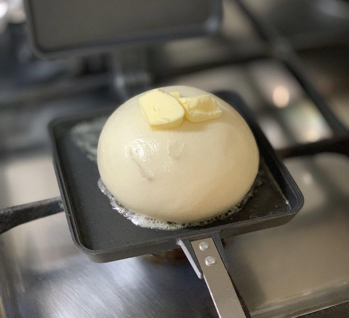 ホットサンドメーカーであんまんをたっぷりのバターで両面サックサクになるまで焼いた結果
