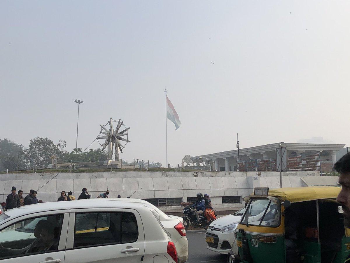 新動画ですサイレントシリーズの第二弾が上がりました。これは熱戦でした見るしかです↓インドの国旗デカいのが伝わらない写真