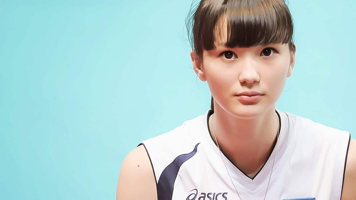 "Remember the girl they said was ""too beautiful to play volleyball""?  Find out what happened to 🇰🇿 🏐#SabinaAltynbekova.  👀➡️https://t.co/qBJGX65Sgj https://t.co/XnRYqdnNrh"
