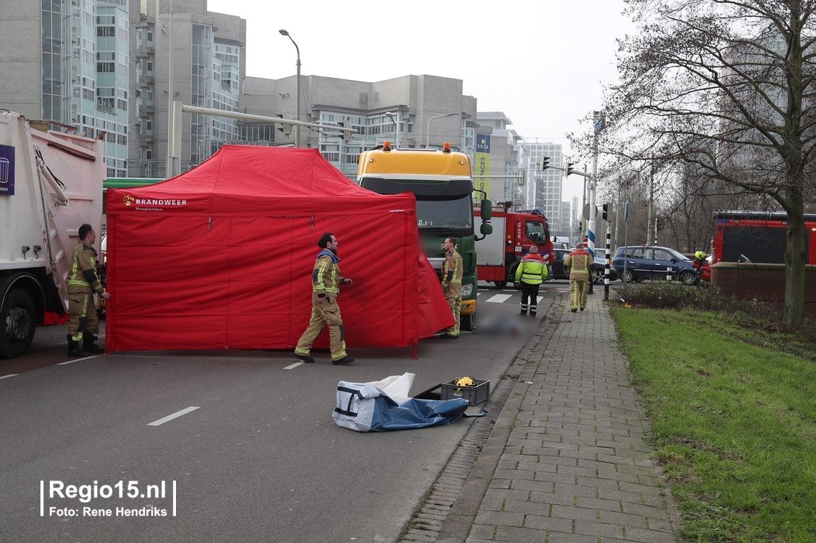 test Twitter Media - Nu online: Gewonde bij ernstig ongeval #Schenkkade #DenHaag https://t.co/yRZ9sUeV4L https://t.co/d26VjBHnQA