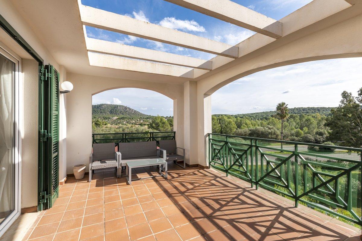 - Wir bringen Sie auf die Insel.  Appartement in einer gepflegten Anlage am Golfplatz in Santa Ponsa.  Preis :  285.000,-- Euro  http://ow.ly/uxEA50y3tN8  #Mallorca #santaponsa #golf #PURMallorca #appartement #baleares #mallorcalove #decorationinterieur #propertyforsalepic.twitter.com/OOTXMLQ2xl