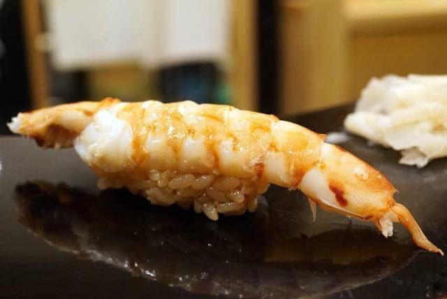 堀江貴文とカウンターで高級寿司を食べるTERIYAKIプレミアム鮨会✨先行予約チケット配布開始❗️無料配布中なので、ぜひこの機会に手に入れてくださいね👍@takapon_jp