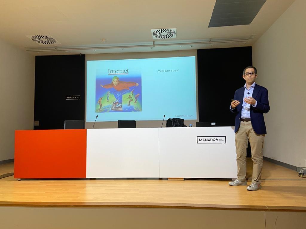 Hoy, nuestro googler Pablo Pérez (@papediaz1981) ha participado en el III Workshop de #ACEDE analizando lo último sobre investigación en marketing. Todo un orgullo participar en esta interesante jornada. 😄👍