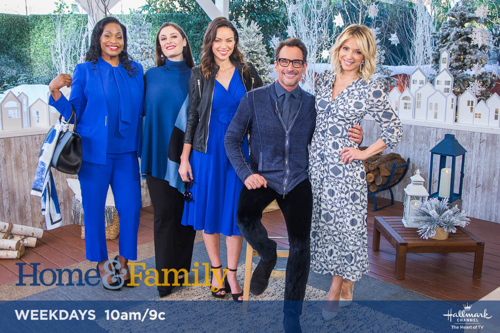 .@lawrencezarian shared how to wear this year's hottest color – Classic Blue! bit.ly/2vcX0tk