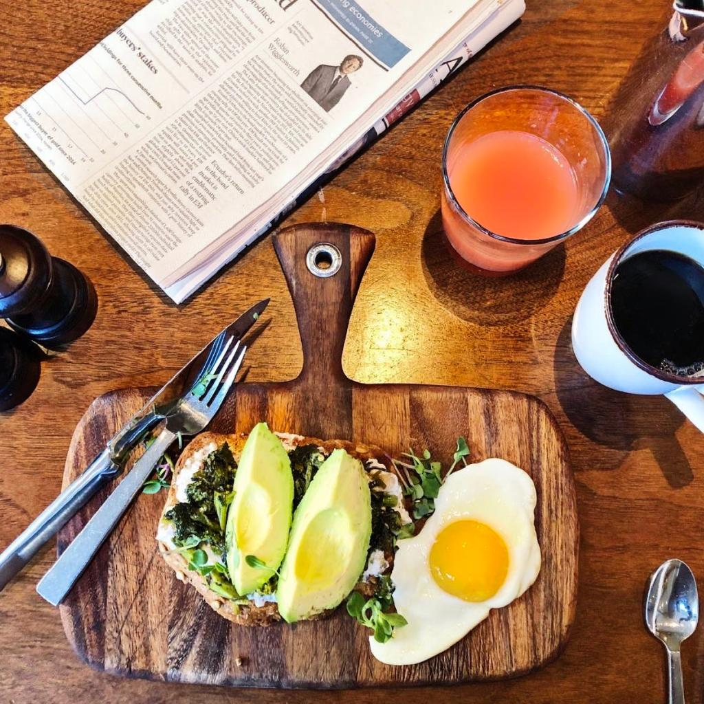 Start your day with one of @BDTavern breakfast options packed with nutrients. Photo by sandra_l_ab on Instagram. #LuxuryIsPersonal #ParkHyatt #ParkHyattDC #BlueDuckTavern #MyDCCool #Michelin #Breakfast #Wellness<br>http://pic.twitter.com/tlOMhNL1zI