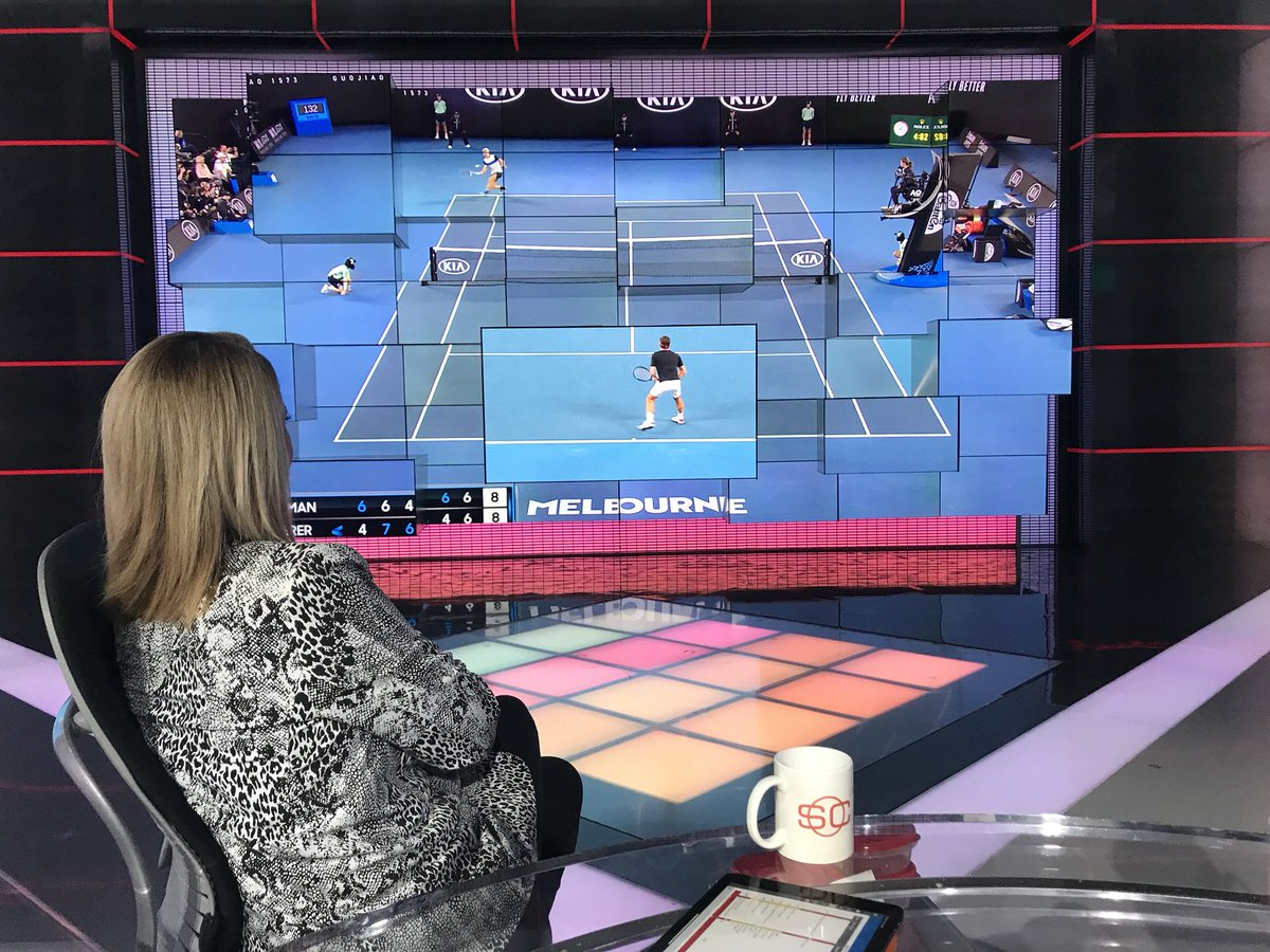 Our #AustralianOpen setup is better than yours for this Federer match @RB_Mrs