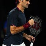 Image for the Tweet beginning: A 39 anni #Federer vince