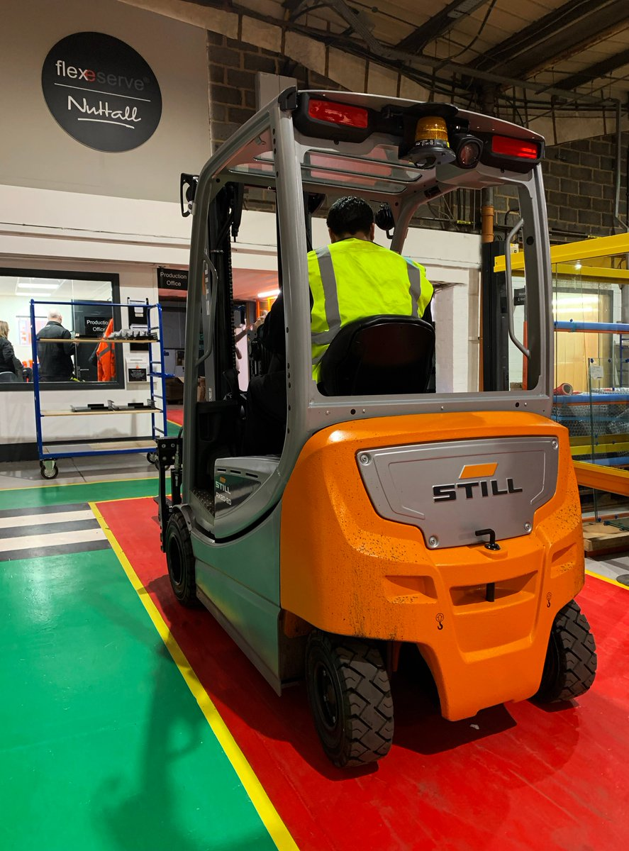 We've had a delivery of new forklift's here at the Flexeserve factory, here's the first one in action! #flexeserve #forklifts https://t.co/rp7SAHWNkD