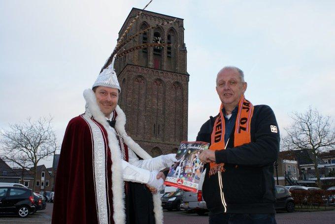 Eerste Theebukker voor jarig Oranje Comité https://t.co/6QkdNorrxy https://t.co/CcLll756N0