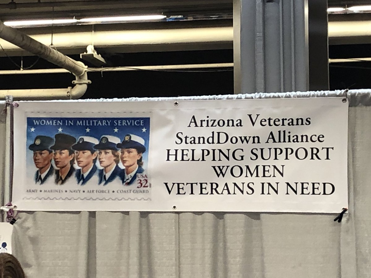 Incredible turnout at the nation's largest veteran StandDown event in Phoenix today! If you're an AZ vet in need of help from the @DeptVetAffairs, don't hesitate to call my office or visit my website here: mcsally.senate.gov/veterans_resou…