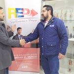 Image for the Tweet beginning: #TrabajamosJuntos🤝 #ÚnetealaREP✍️  @ElColegiodeLiga y la @redpedagogia_ec firmaron