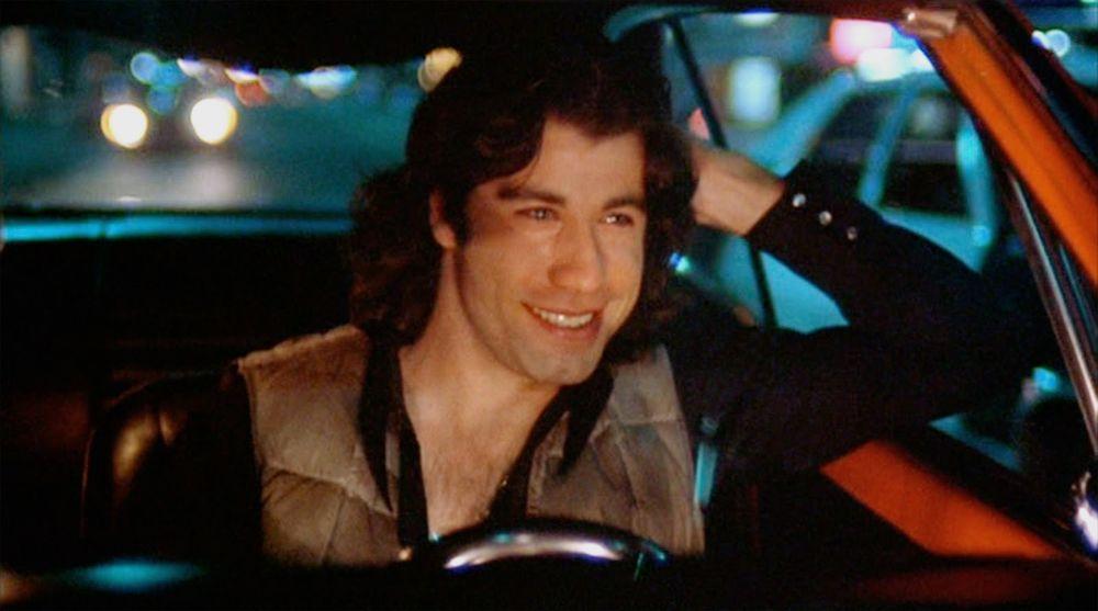 LISTADO DE ACTORES FAMOSOS QUE HICIERON UNA PELÍCULA DE TERROR EN SUS INICIOS: John Travolta - Carrie (1976) Tom Hanks - He Knows Youre Alone (1980) Kevin Bacon - Friday the 13th (1980) Jason Alexander - The Burning (1981)