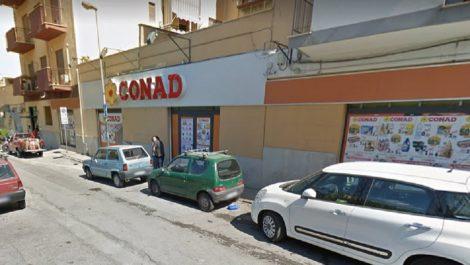 Conad licenzia 817 dipendenti, proteste dei sindacati - https://t.co/GnyFOshAyk #blogsicilianotizie
