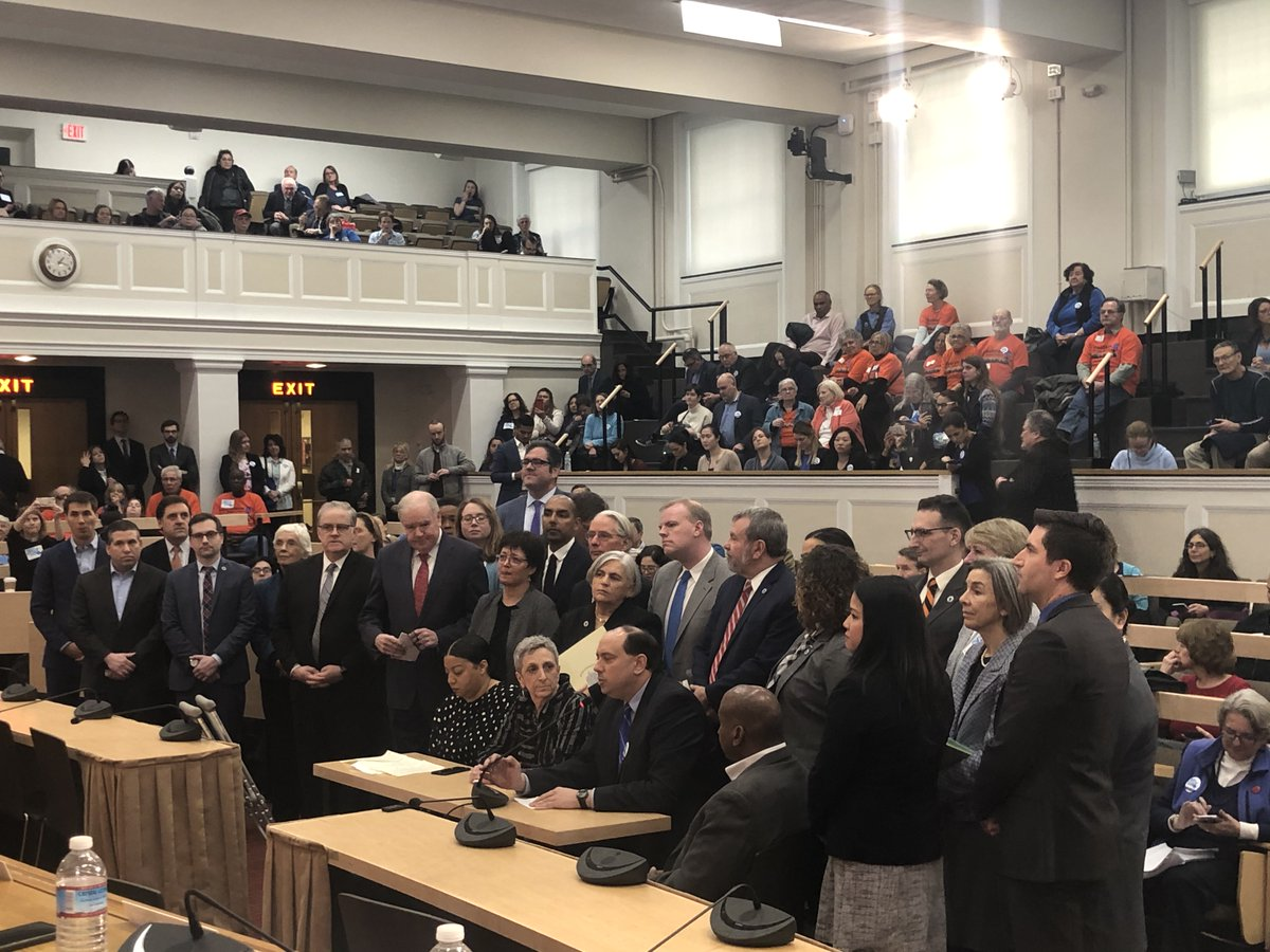 Today, the House Progressive Caucus was proud to stand & testify in support of the #SafeCommunitiesAct filed by Caucus members @RepRuthBalser, @RepLizMiranda, & Senator @JamieEldridgeMA. As one of our 3 legislative priorities, we firmly stand on the side of immigrants. #mapoli https://t.co/jc3V7Xi6Pl