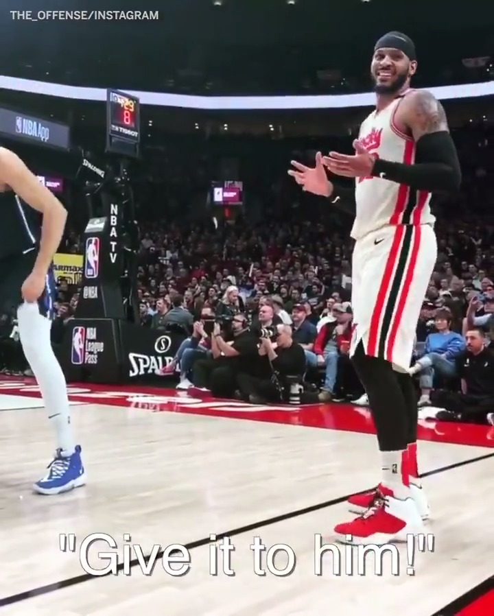 Carmelo Anthony shared a funny moment with a fan just before scoring