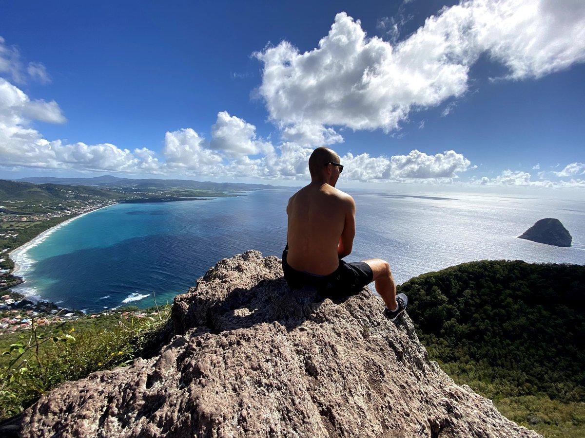 """Prendre de la hauteur"" !  #NoFilter #Blue #Martinique #Holidays #MorneLarcher #Copains #Vacances #GoodTimes #Friends #CaribeanSea #Sea #Antilles #DJ #DJLife #PicOfTheDay #Madinina"