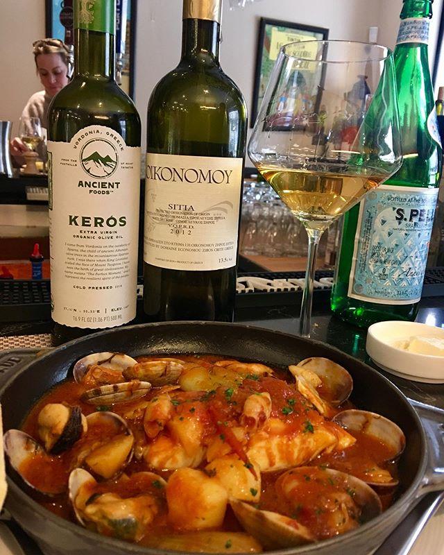 Et Voila Cioppino, Cretan Wine and Ancient Foods Organic EVOO on the menu tonight at DC Best Belgian Bistro. Chef Claudio nailed it! #belgian #belgianfood #dcrestaurants #dcchef #dcchefs #yelpdc #yelpeatsdc #eaterdc #bestofdc #palisadesdc #evoo #greekoliveoil #greekwine #cretanwi