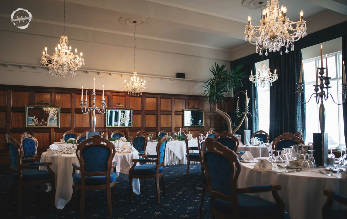 .@AtlanticHotel_ - Expect a red carpet entrance, marbled floors, rich wood panelling and a sweeping staircase combined with twinkling chandeliers and panoramic views of the glistening Atlantic Ocean to offer a stunningly romantic wedding venue. https://www.southwestweddingvenues.co.uk/atlantic-hotelpic.twitter.com/evMhtJCx88