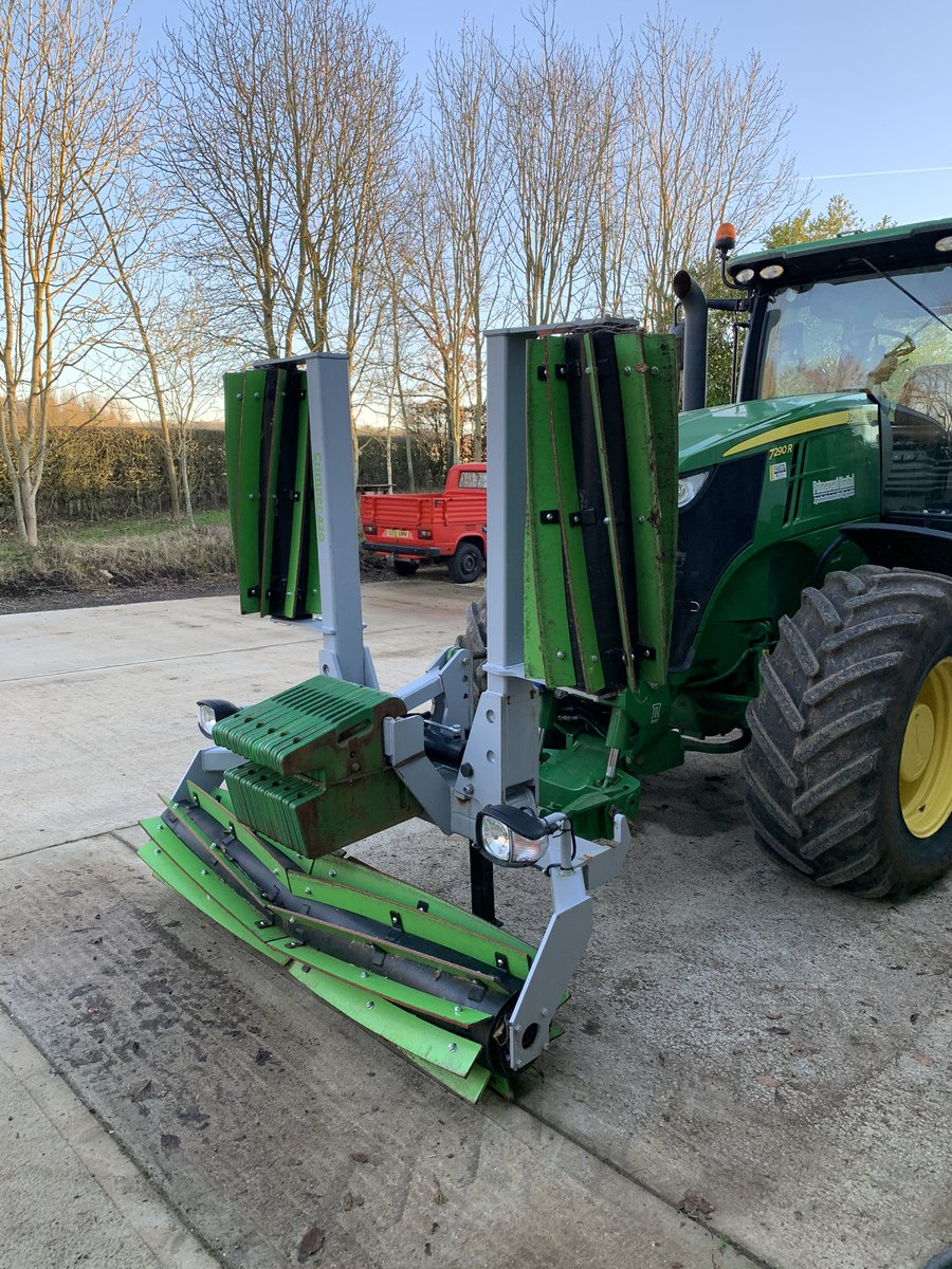 test Twitter Media - all been workshop jobs still as the weather hasn't improved. oldest tractor has received some over due TLC keeping her going now in her 9th yr with us. Our demo crimper roller has gone for a trip to Kent for some trial work and the org WW is looking well and relatively weed free https://t.co/sVsDolCkTX