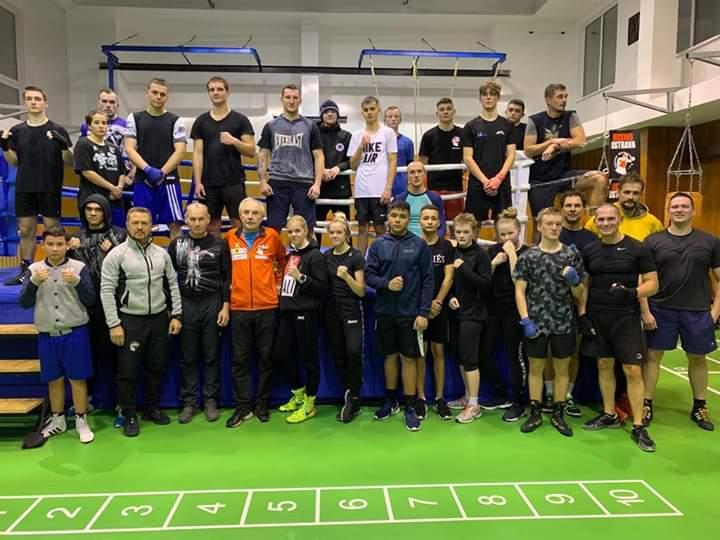 BOXING OSTRAVA, THAI BOX OPAVA, sparingy výkonnostního boxu 9x3 min. 👍🥊💪 #boxingostrava #boxing #sparing #boxingdrills #conditioning #gym #workout #boxingtrainer #sport #bestsport #lifestyle #sportstyle #motivation #karviná #bohumín #ostrava #praha #cz #czech