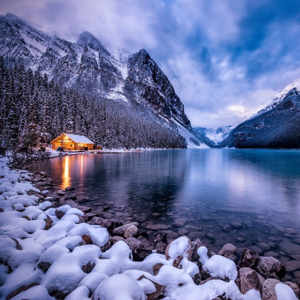 Winter Morning in the Canadian Rocky Mountains in Alberta  #Canada  #Nature #Travel #Trekking #TravelTuesday #Wild #Hiking #Mountains #Snow #Weather #Vacations #Adventure #Winter