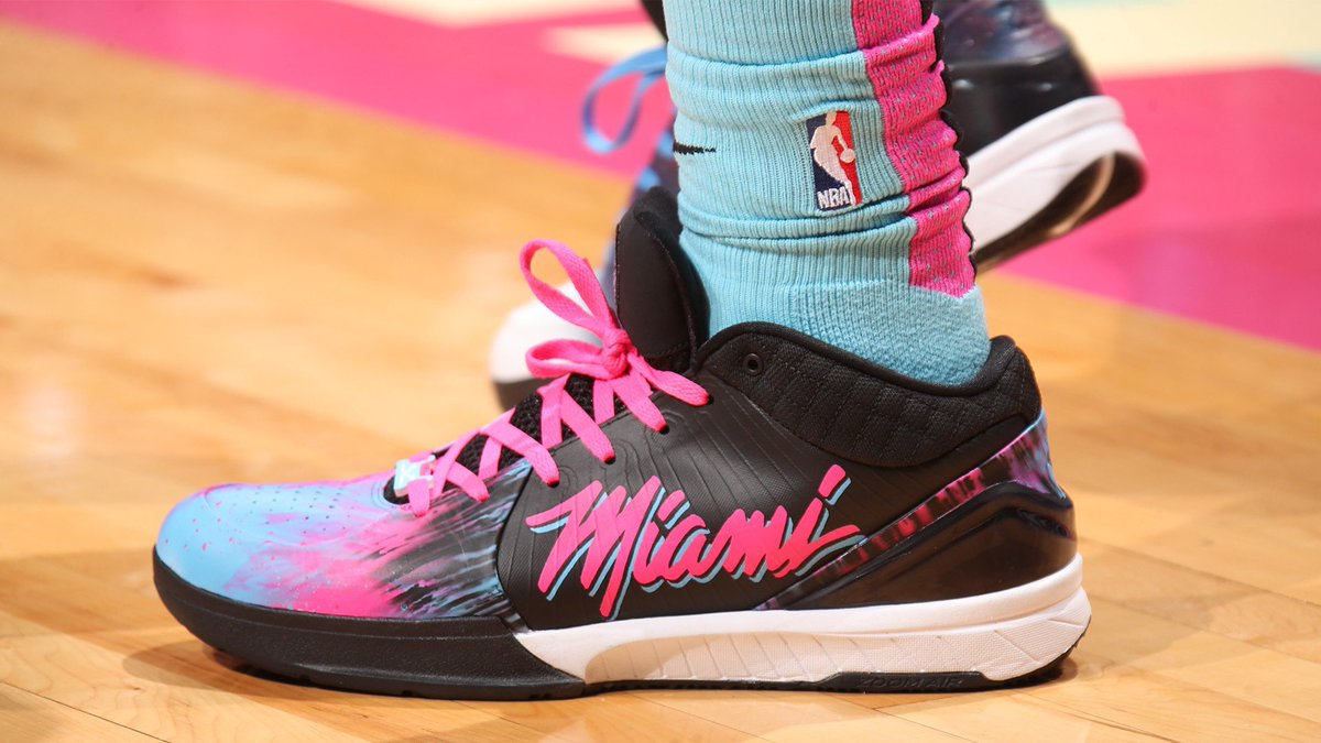 Custom Miami Vice Kobe 4s for @TheRea1DJones!  #NBAKicks #HeatTwitter