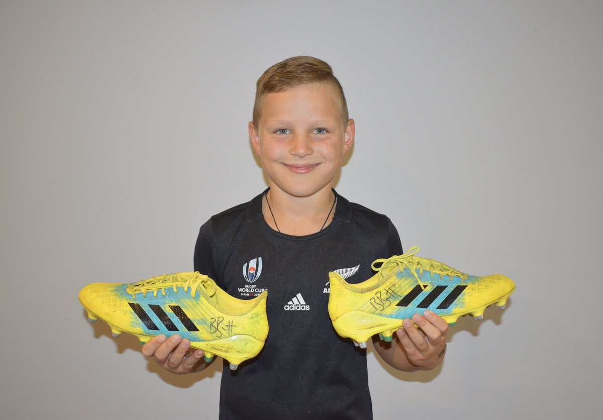 """Hi everyone, Riley has decided to auction his @beaudenbarrett signed rugby boots that he wore in the 2018 Super Rugby and @AllBlacks season and donate the proceeds to the """"Help Save the Koala Fund"""" in Australia. Please help out by bidding In the link: trademe.co.nz/sports/sports-…"""