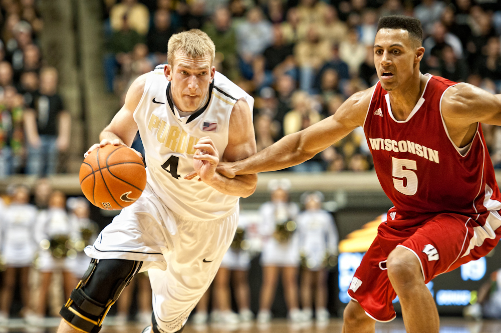 9 years ago I shot one of my first of many @Boilerball games. @RobbieHummel and the guys defeated a top 10 Badger team that night. Let's beat Bucky again tonight! #BoilerUp