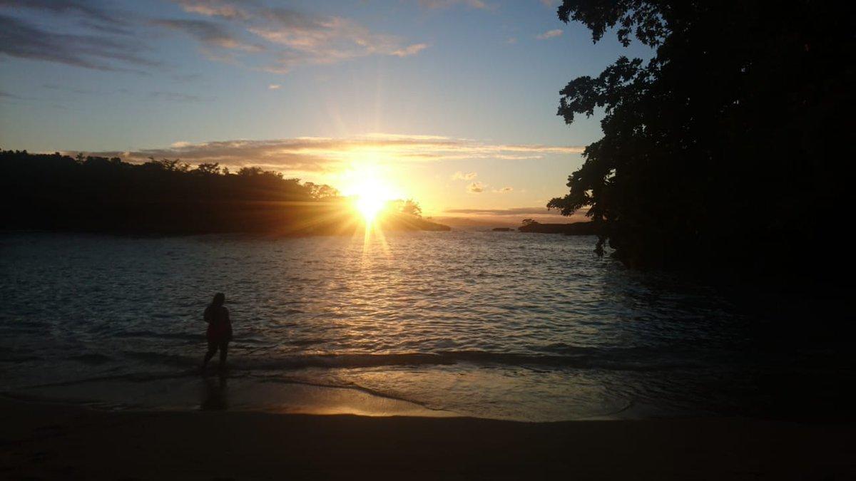 Fall in love all over again. #travellers #AtlanticOcean #happylife #summer #wanderlustXL #Sunset #Sky #WeekendFeeling #travel #Traveler #Wanderlust #travelphotography #TravelBlogger #Trekking #TravelExperience #TailorMadeTravel