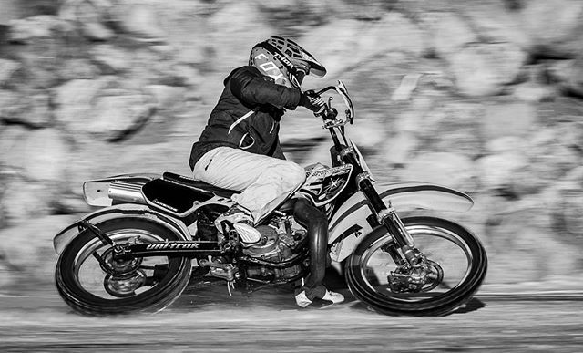 Ice Cross on the frozen dugouts in Saskatoon. #yxe #motorcross #motorcycle #winterfun #nikoncanada #saskatoonphotographer #snowsports #icecross #sportshooter #sportsphoto #sportsphotographer #womeninsportsphotography #womensportsphotographer #mphocus #mc… https://ift.tt/2GmIEsIpic.twitter.com/y5hvrrpKxP