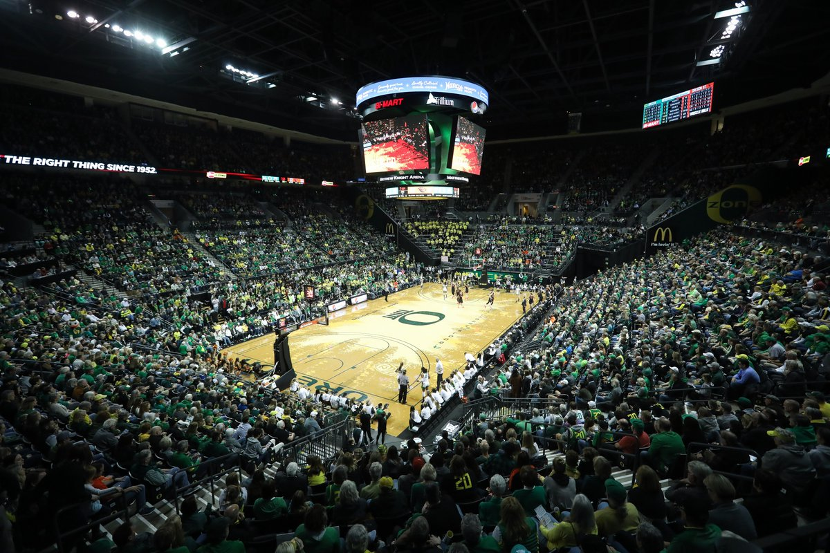 1⃣2⃣,3⃣6⃣4⃣ The fourth home sellout in Oregon women's basketball history. Thank you, Duck fans. #GoDucks