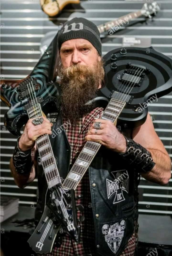 #GoodMorningTwitterWorld #GoodMorningWorld #HappySaturday #Metalheads #Rockers #MetallicaFans #GunnersFans #KISSARMYROCKS #SlayerFans #IronMaidenFans #ACDCFans #SlipknotFans #metalfamily #metalnation pic.twitter.com/06rcqYyVmJ