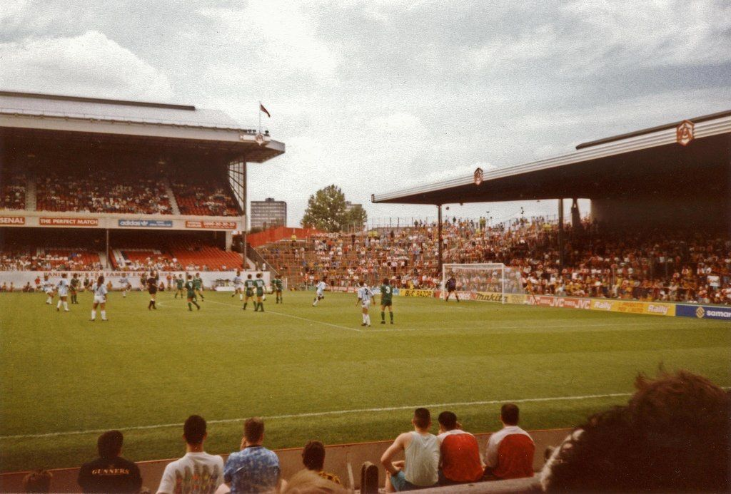 RT if youve ever seen Arsenal play at Highbury #afc
