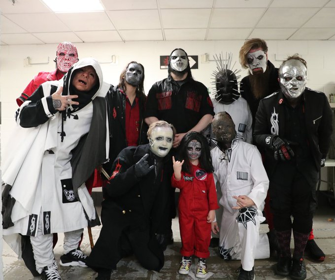 SLIPKNOT Invite 5-Year-Old Drummer on stage