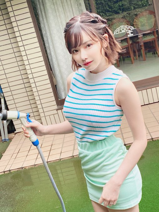AV女優深田えいみのTwitter自撮りエロ画像36