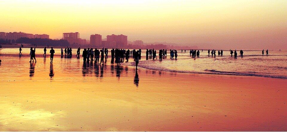 Crowd Crowd In Beach #retweet #follow #travel #vacation #destination #world #wanderlust #adventure #nature #view #phototravelz