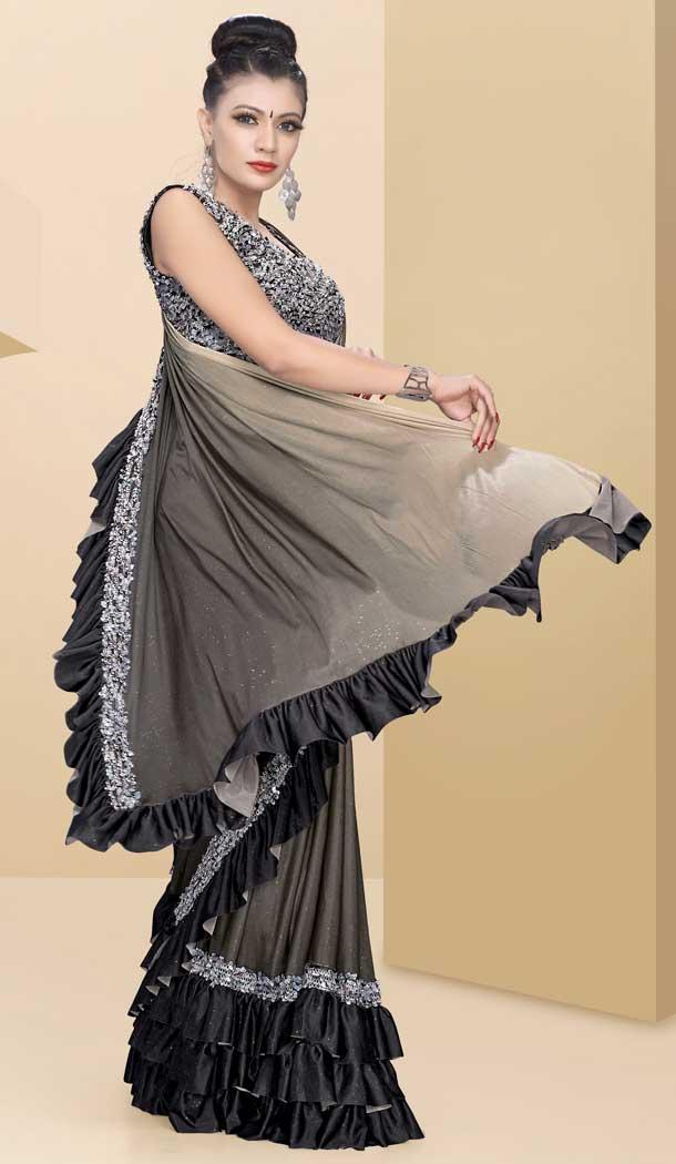 Buy Latest Designer Party Wear Lehenga Style Saree Blouse Shop at https://www.heenastyle.com/sarees/party-wear-sarees… Follow @Heenastyle  #saree #sari #lehengasaree #designersaree #partysaree #weddingsaree #indiansaree #womensaree #girls #womenwear #HeenaStylepic.twitter.com/Rzjtsvwg3F