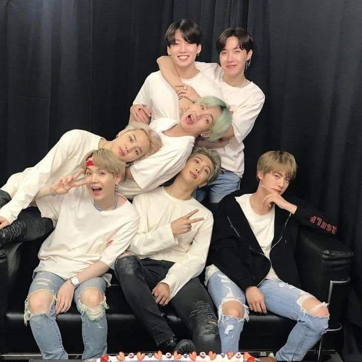 """I thought I'd never be prouder when they spoke at the UN,  when they said """"and we'll be back,""""  when they sold out Wembley. I was wrong. Because I am prouder of them and love them more every day.  #ProudOfBTSAlways @BTS_twt<br>http://pic.twitter.com/GBUPIuK8DR"""