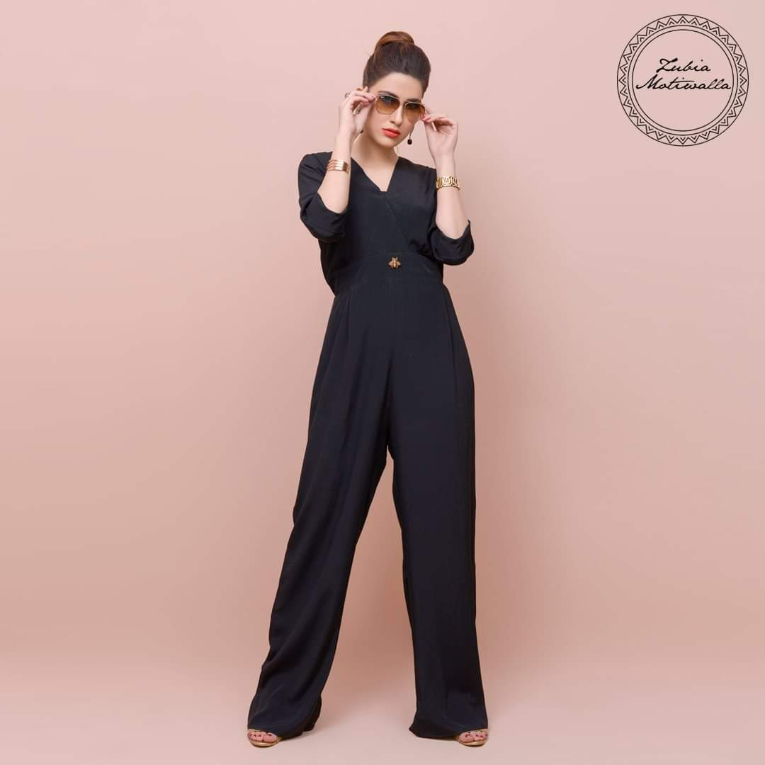 Zubia Motiwalla's jumpsuits have always been the trendsetters of a party . #zubiamotiwalla #Jumpsuits #trendsetters #trendy #ootd #lotd #stripes #instagood #photooftheday #love #fashion #Black #dollypartonchallenge