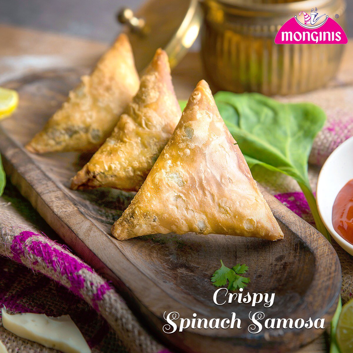 Samosas with a spinach twist! Give your taste buds something new this week at a Monginis near you.  Visit your nearest #Monginis  store today:  https://monginis.net   #treat  #greet  #instacake  #cake  #bakery  #Chocolate  #instafood  #yummy  #cakes  #foodie  #delicious  #Purevegcakes