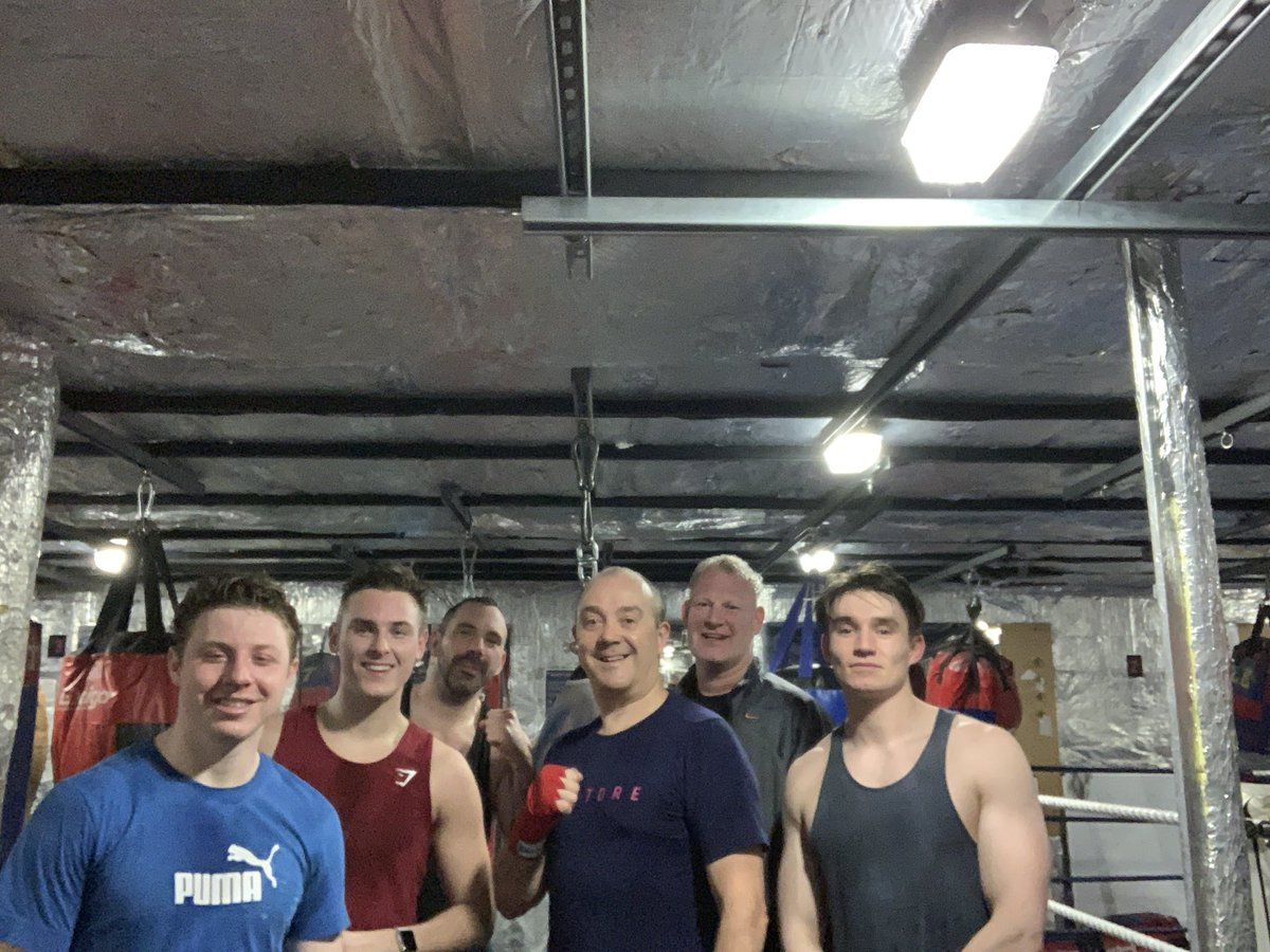Saturday sparring crew at the Bishops Stortford gym - everyone working hard to improve #boxing #gym #sparring #fightclub #SaturdayMorning  #workingtogether