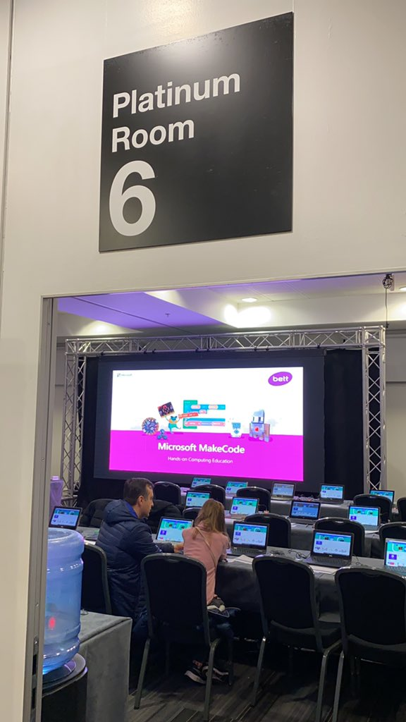 #bett2020 Run to microbit session starting in 15 min