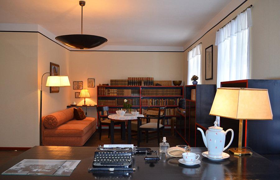 Museum in Carwitz bietet zum Todestag Falladas Sonderveranstaltung an http://strelitzius.com/2020/01/25/museum-in-carwitz-bietet-zum-todestag-falladas-sonderveranstaltung-an/…pic.twitter.com/by1r0zry8d