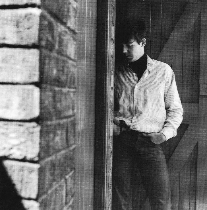 paul mccartney from 1962 makes me thinking... thinking thoughts...
