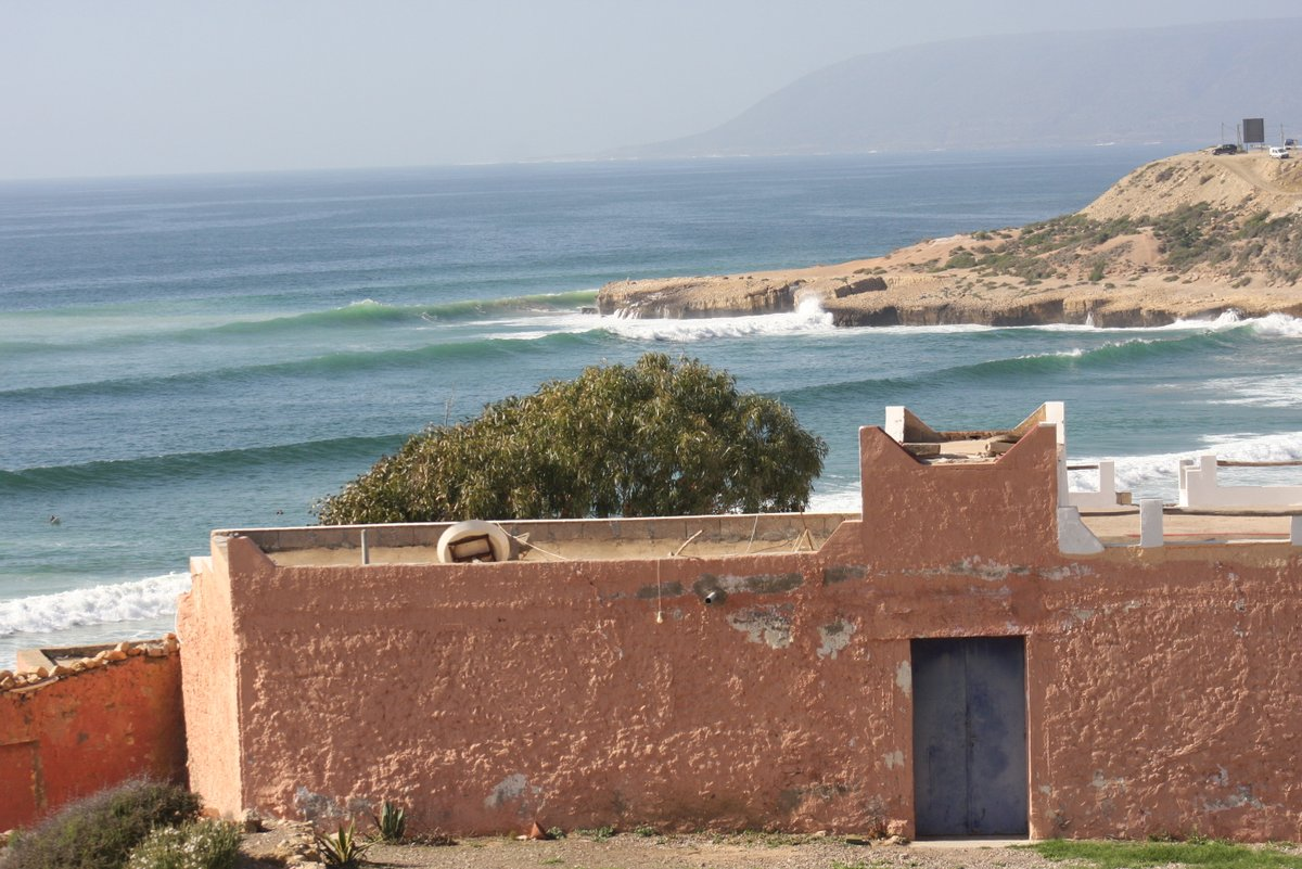 T U E S D A Y T R A V E L S-come explore the moroccan coastline with us -#tuesdaytravels #morocco #surf #surfandtravel #explore #escapethecity #oceanpotion #surftrip #surfstoke #thesearch #agadir #tamraght #taghazout #aourir #surfstoke