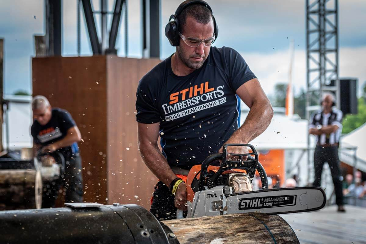 Interested in TIMBERSPORTS® but not really sure what's what? The Stock Saw explained is the first in our series of posts focussing on each of the six events that make up TIMBERPORTS®. Read on for all the saw-some details: https://blog.stihl.co.uk/the-stock-saw-explained/…  #originalextremesportpic.twitter.com/2ZvHW393IW
