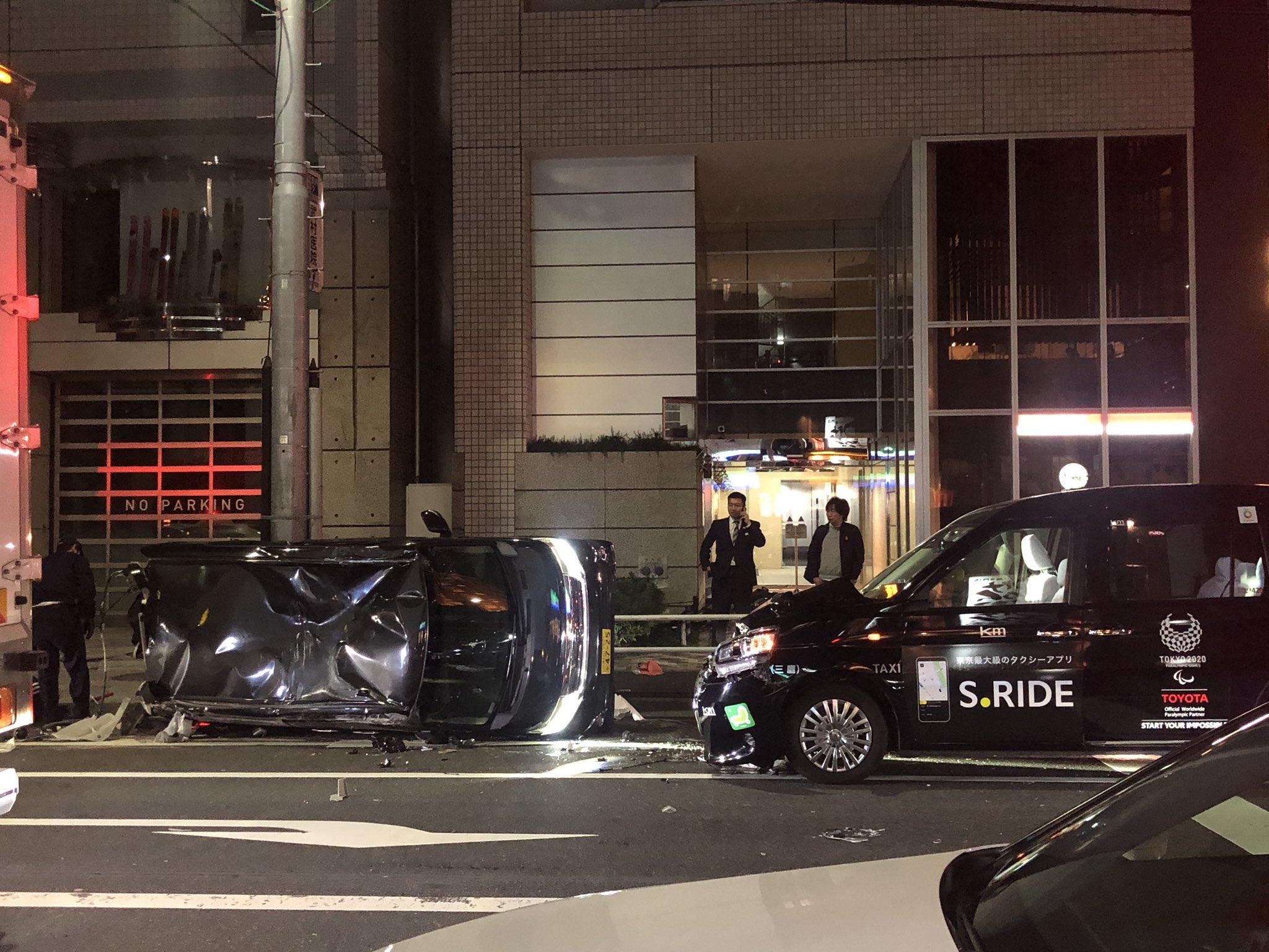 画像,青山で事故だ https://t.co/rX1dwWzbs2。